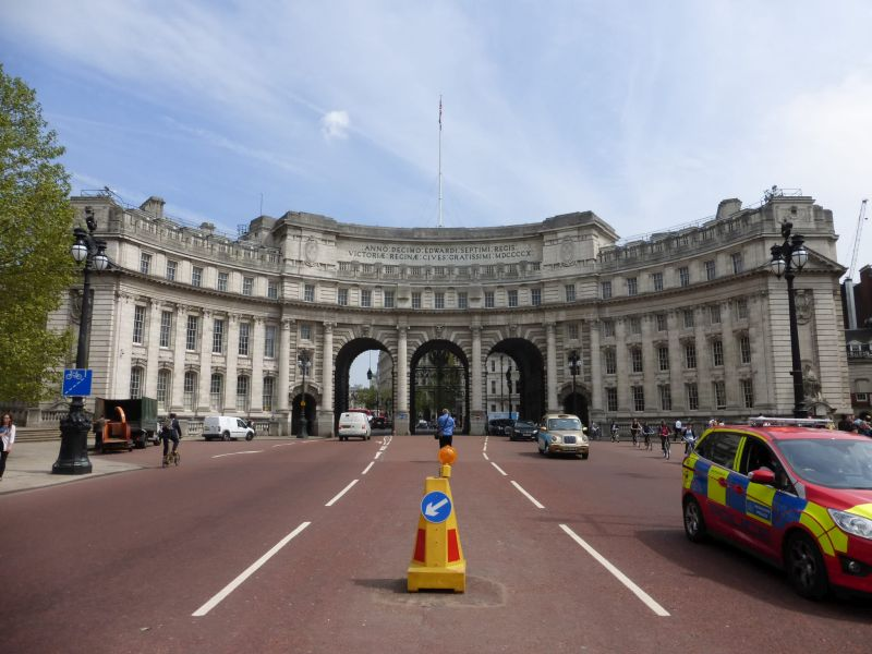 201605.09 London - The Mall - Admiralty Arch